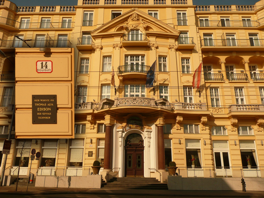 Parkhotel Schönbrunn / Thomas A. Edison