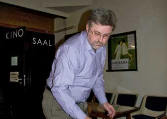 Eugen Reichl bei der Vorbereitung
