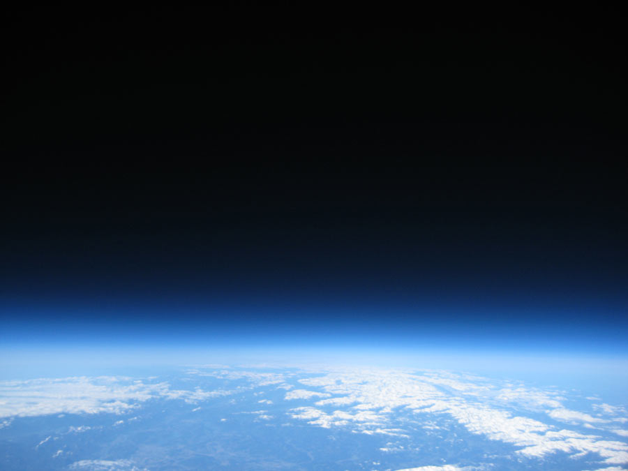 PassepartoutII über der Erde